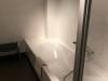 Bad in badkamer huisje ameland vakantie